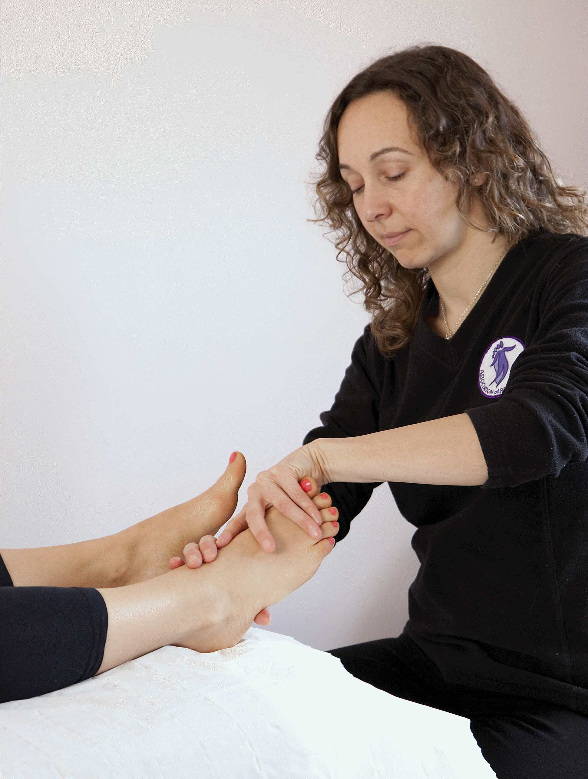 Marie doing reflexology feet2